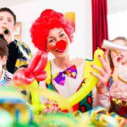 clown-balloon-twist